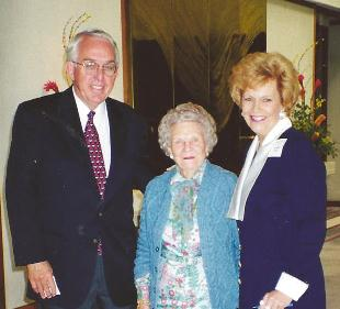 Businessman Ron Glosser and Mrs. Norman Vincent Peale when Mrs. Peale spoke at CCL in Rancho Mirage, CA
